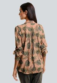 Alba Moda - Button-down blouse - karamell khaki - 2