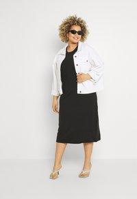 Vero Moda Curve - VMGAVA DRESS CURVE - Jersey dress - black - 1