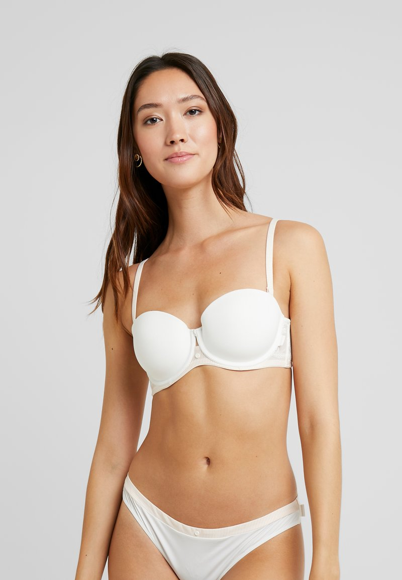 Esprit - MACKAY STRAPLESS PADDED - Multiway / Strapless bra - off white