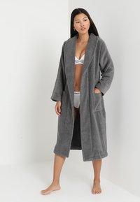 Calvin Klein Underwear - ROBE - Dressing gown - grey - 1