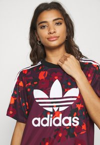 adidas Originals - GRAPHICS SPORTS INSPIRED REGULAR DRESS - Jerseykjoler - multicolor - 3