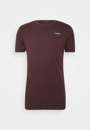 TEXT SLIM - T-shirt med print - dark fig