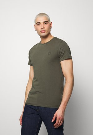 FULTON - Basic T-shirt - army