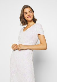 Sista Glam - CHERRY - Společenské šaty - white - 3