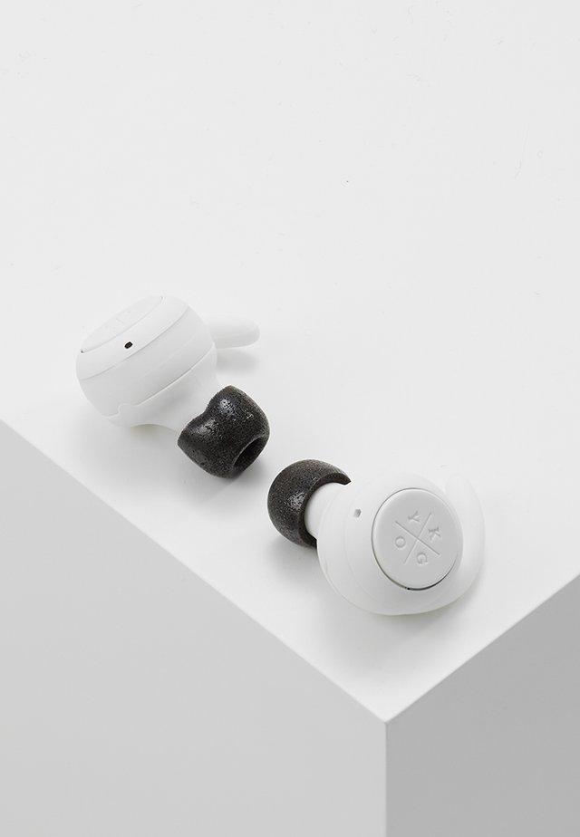 E7/900 TRUE WIRELESS EARPHONES - Headphones - white