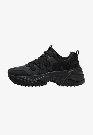 MIT FUNKTIONSSTOFFDETAILS  - Sneakersy niskie - black