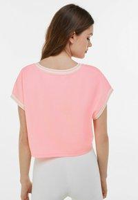 Bershka - Print T-shirt - pink - 2