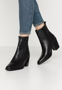 Zign - Cowboy/biker ankle boot - black - 0