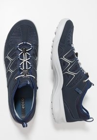 ECCO - Hiking shoes - marine/concrete - 1