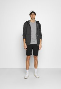 INDICODE JEANS - EXCLUSIVE 2 PACK - Shorts - black/light grey - 0