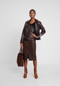 Esprit Collection - VALENTINE - T-Shirt print - black - 1