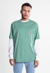 Carhartt WIP - Basic T-shirt - catnip - 0