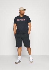 Shine Original - REPEAT - Print T-shirt - navy - 1