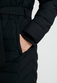 Abercrombie & Fitch - LONG PARKA - Down coat - black - 7