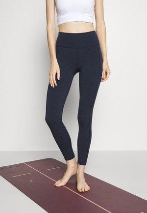 SUPER SCULPT YOGA LEGGINGS - Tights - navy blue