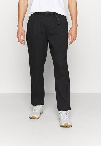 CLASS V BELTED PANT - Kalhoty - black