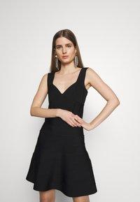 Hervé Léger - ICON FLARE SKIRT DRESS - Robe de soirée - black - 3