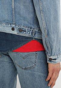 Levi's® - THE TRUCKER JACKET - Giacca di jeans - killebrew - 4