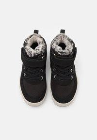 Viking - LUKAS WP UNISEX - Zimní obuv - black/grey - 3