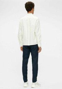 J.LINDEBERG - REGULAR FIT - Camicia elegante - cloud white - 2