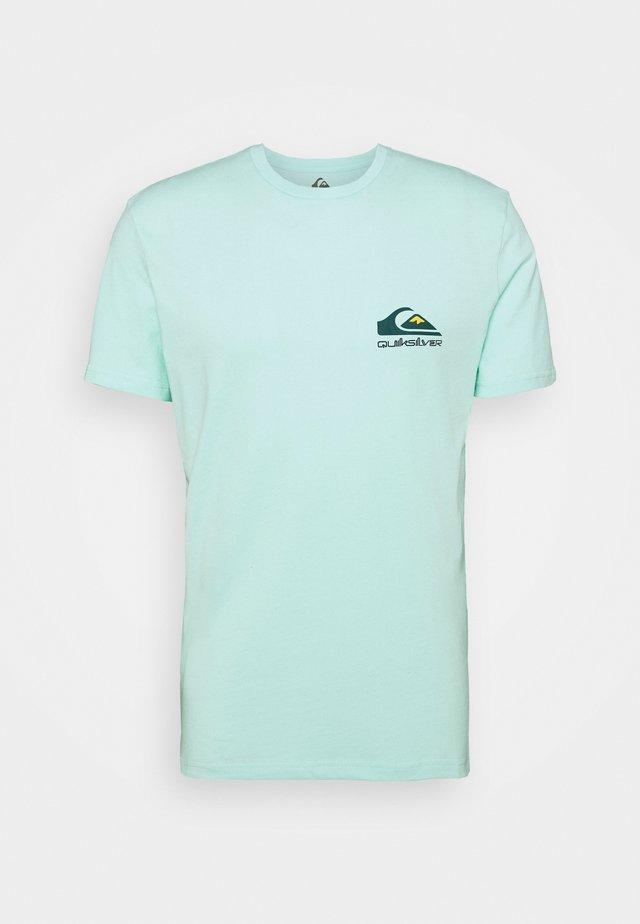 REFLECT TEE - T-shirt imprimé - beach glass