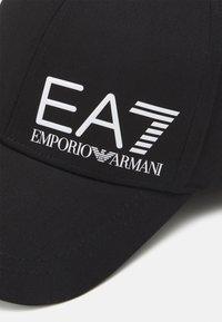 EA7 Emporio Armani - BASEBALL HAT UNISEX - Pet - black - 4