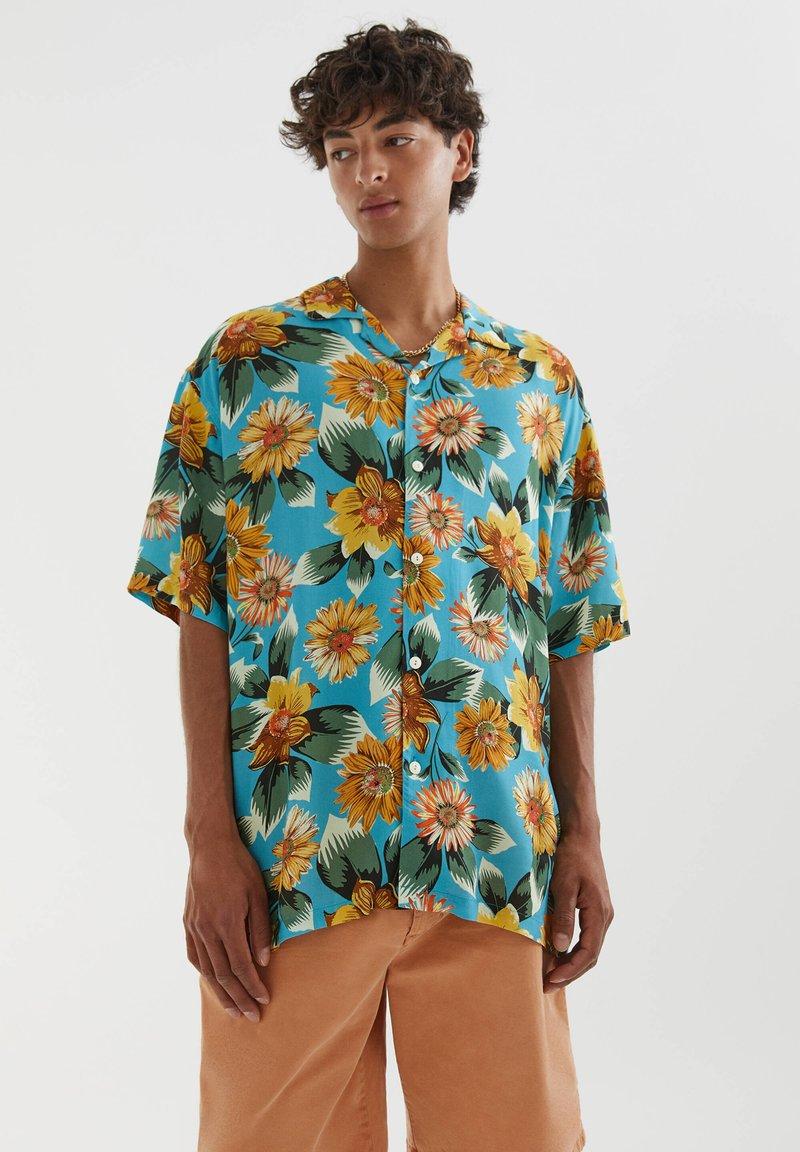 PULL&BEAR - Shirt - metallic blue