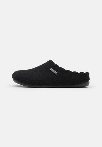 PAULINA - Domácí obuv - black