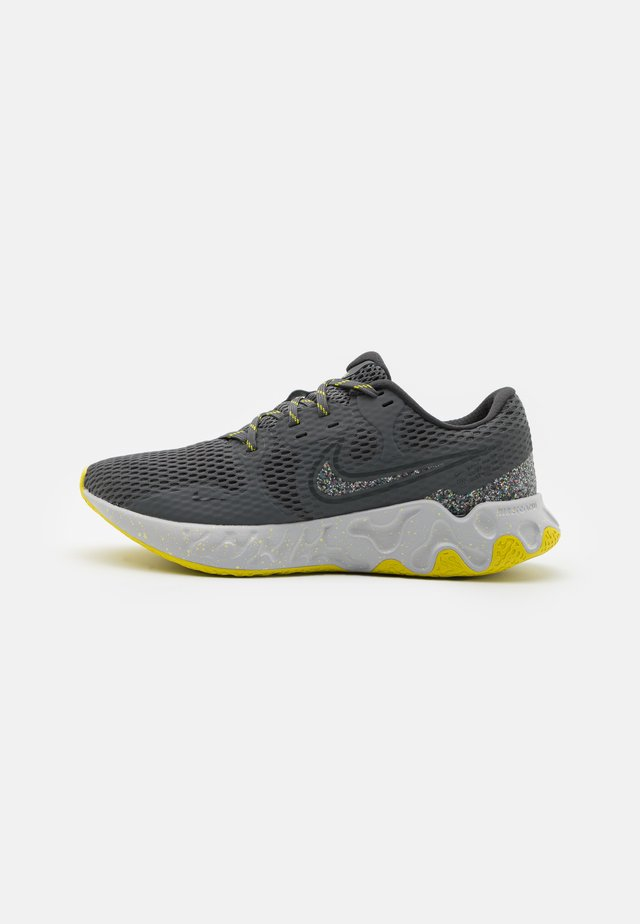 RENEW RIDE 2 PRM - Hardloopschoenen neutraal - iron grey/dark smoke grey/high voltage/light smoke grey/limelight/grey fog