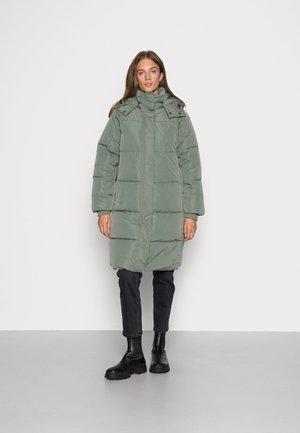 ESMARIA HOOD JACKET - Winter coat - agave green