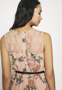 Vero Moda - VMSUNILLA SHORT DRESS - Day dress - mahogany rose - 6