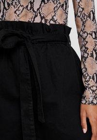 NA-KD - PAPER BAG - Denim shorts - black - 4
