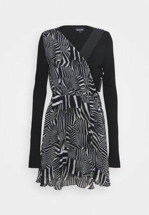 Denní šaty - black variant