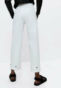Uterqüe - Trousers - white - 2