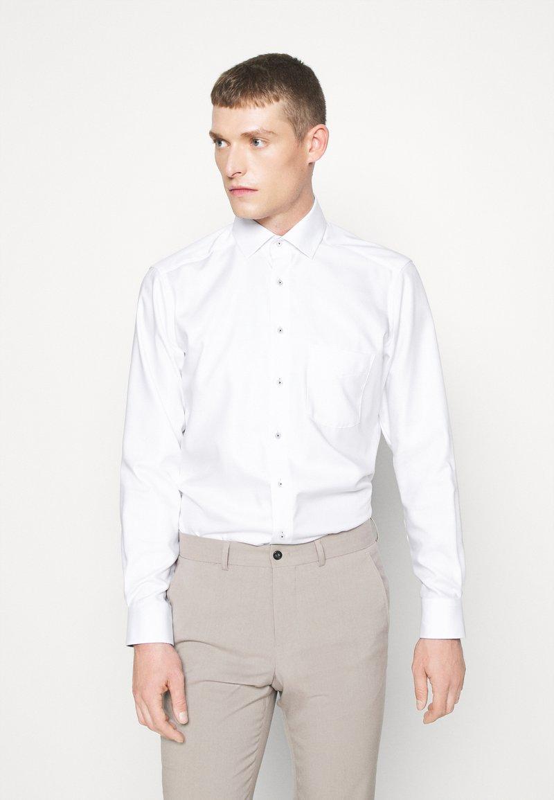 OLYMP Luxor - Luxor - Camicia elegante - weiss