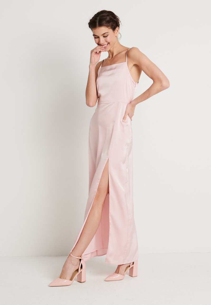 NA-KD - HIGH SLIT DRESS - Maxi šaty - dusty pink