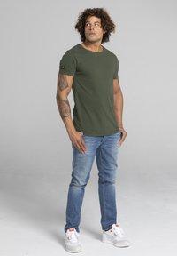 Liger - Basic T-shirt - military green - 1