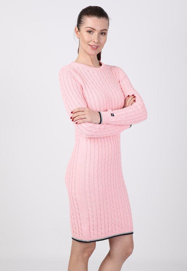 Fodralklänning - pink