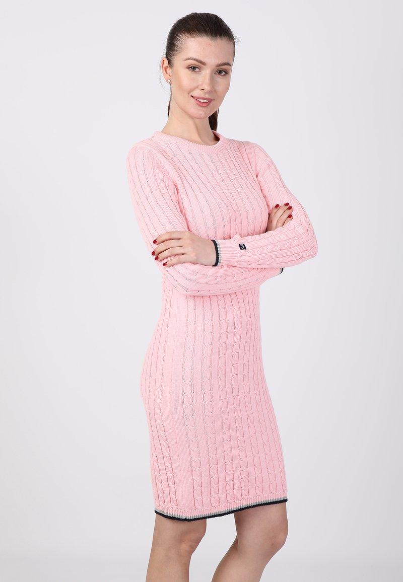 Basics and More - Etui-jurk - pink