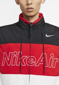 Nike Sportswear - NSW NIKE AIR  - Outdoor jacket - black/university red/white - 3