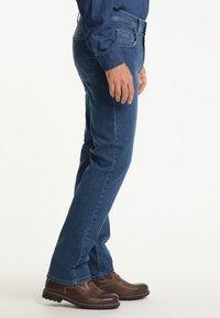 Pioneer Authentic Jeans - RANDO MEGAFLEX - Straight leg jeans - stone used - 3