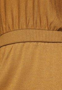 GAP - Strikket kjole - deep camel - 5