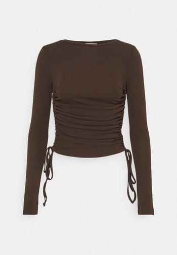 MATILDA - Top sdlouhým rukávem - brown