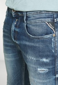 Replay - ANBASS AGED - Jeans slim fit - medium blue - 5