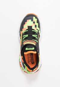 Skechers - MEGA-CRAFT - Tenisky - black/orange/lime - 1