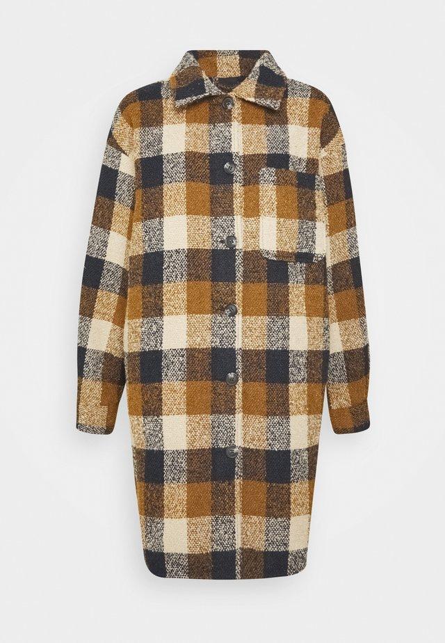 IHGWENNA - Zimní kabát - bronze mist