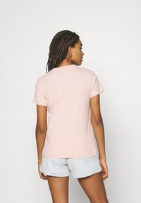 Levi's® - THE PERFECT TEE - T-shirt con stampa - sand - 2