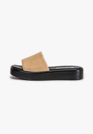 Sandaler - hellbraun