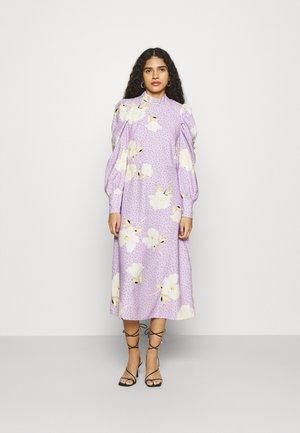 PUFF SLEEVE MIDI DRESS - Vestido informal - purple