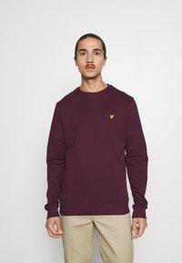 Lyle & Scott - CREW NECK  - Sweatshirt - burgundy - 0